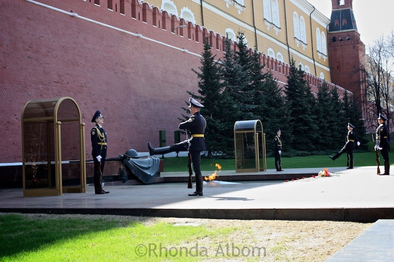Changing of the guard at the tomb of the unknown soldier in Moscow, Russia
