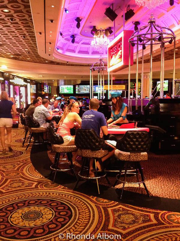caesars palace online casino sizziling hot