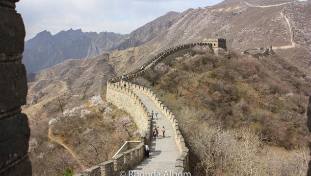 Mutianyu or Badaling: Where Will You Walk the Wall? ~ Great Wall of China