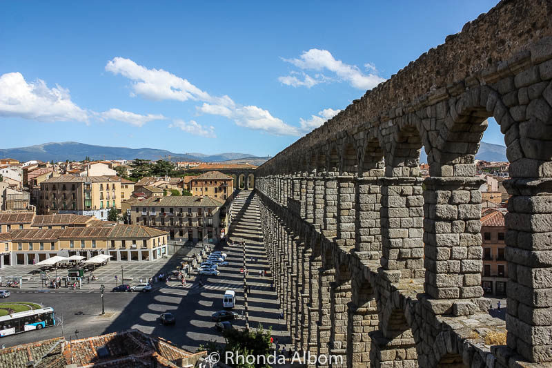 Interesting shadows cast by the two layered archways on this Roman aqueduct.