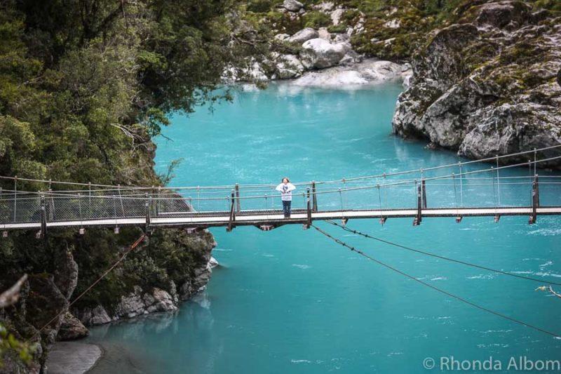 Hokitika gorge suspension bridge in Hokitika Gorge NZ