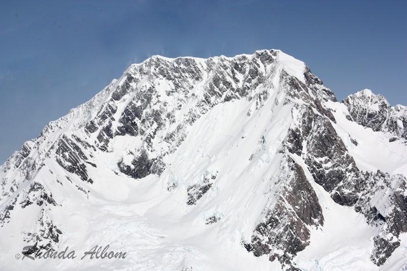 Mount Cook - New Zealand's Tallest Mountain