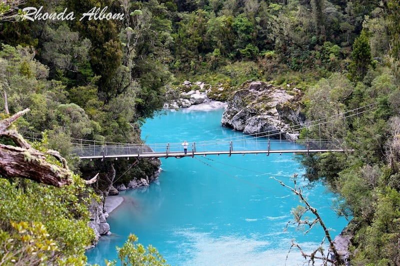 Hokitika New Zealand  city photos : Azure Waters and Swing Bridge at Hokitika Gorge, New Zealand