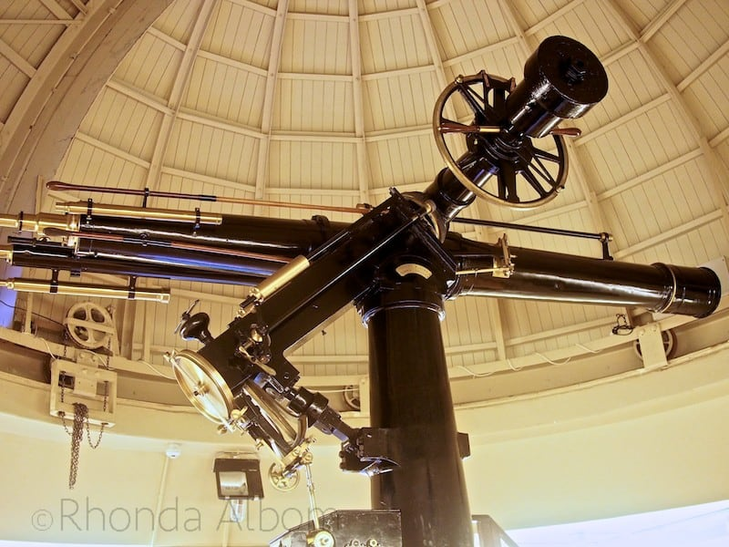 New Zealand's largest refracting telescope is in Carter Observatory, Wellington, New Zealand