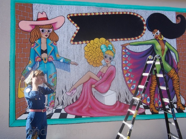 Artist Xoe Hall at the All Fresco Art Festival on K Road, Auckland New Zealand