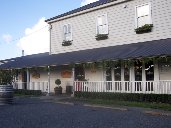 Riverhead Tavern, Auckland, New Zealand