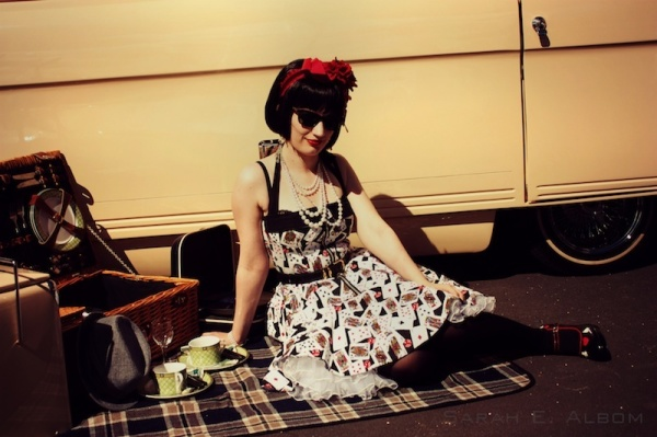Lolita posing on a picnic blanket at the Very Vintage Day Out, Alexandra Park Raceway, Auckland, New Zealand - Photograph copyright Sarah E. Albom 2015