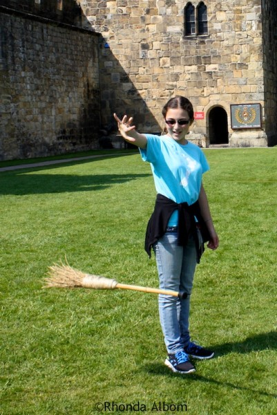 Failed attempt for the illusion of raising the broomstic like Harry Potter by saying UP at Alnwick Castle in England