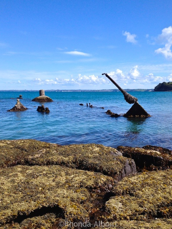 Sunken ship at the entrance to Okoromai Bay, seen here at low tide. This shot on my iPhone. (2015 photos)