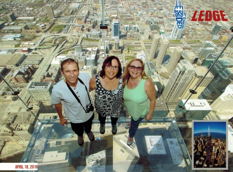 Skydeck Chicago Ledge, professional shot