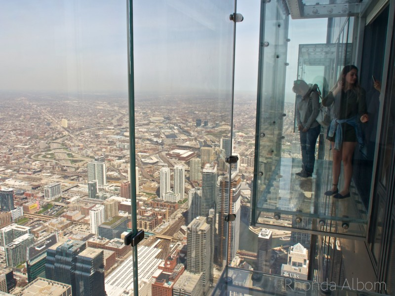 Skydeck Chicago ledges on 103 Floor in the Willis Tower, Chicago Illinois, USA