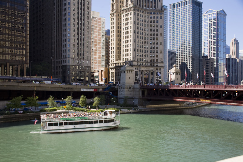 Architecture Foundation (CAF) River Cruise aboard Chicago's First Lady Cruises