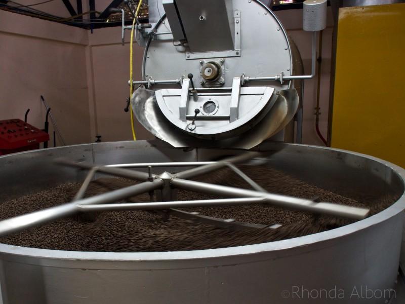 Coffee roasting machine in Costa Rica