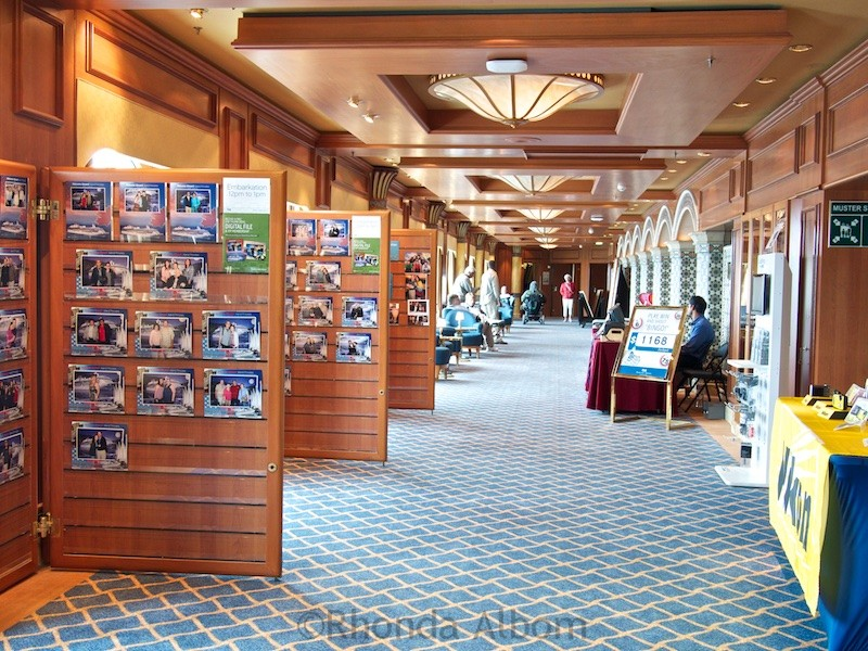 Photo gallery on the Island Princess