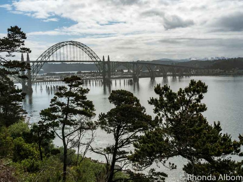 Yaquina Bay Bridge is one of the things to see in Oregon USA