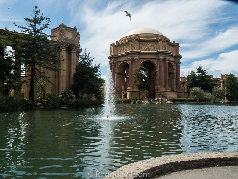 Lagoon and the Palace of Fine Arts in San Francisco