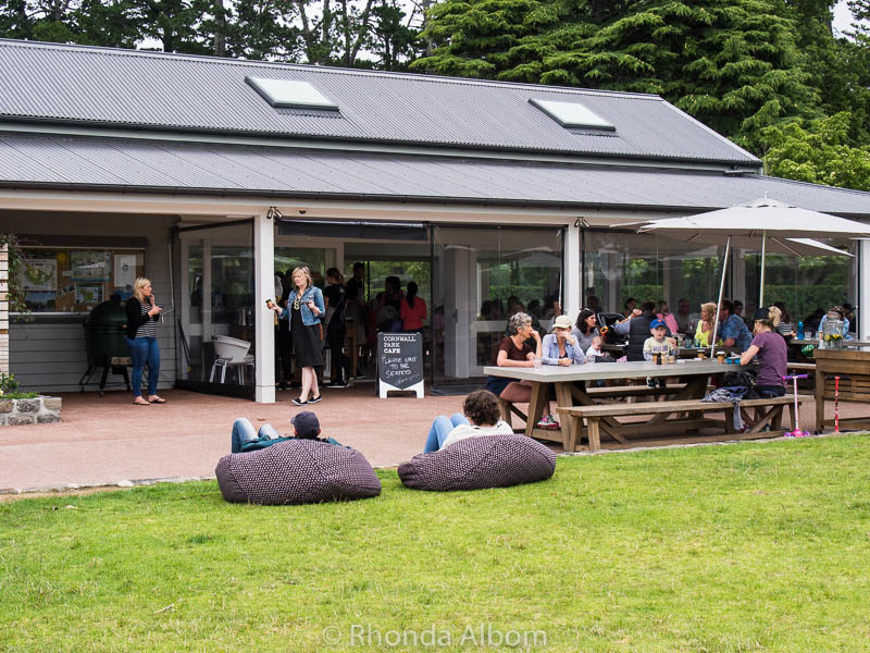 Cornwall Park Cafe is one of three places to eat in Cornwall Park, Auckland New Zealand