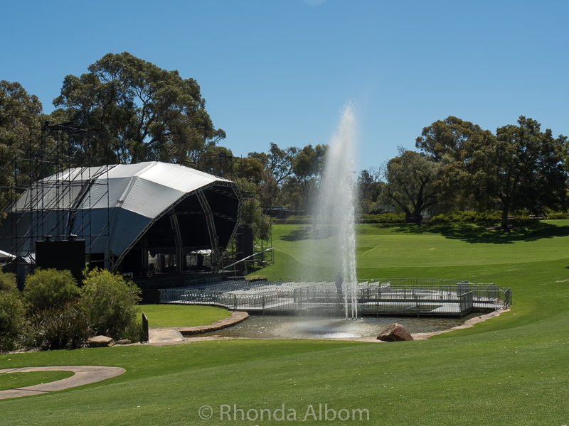 The Pioneer Women's Memorial Fountain and Water Garden in Western Australia Botanic Garden, Perth