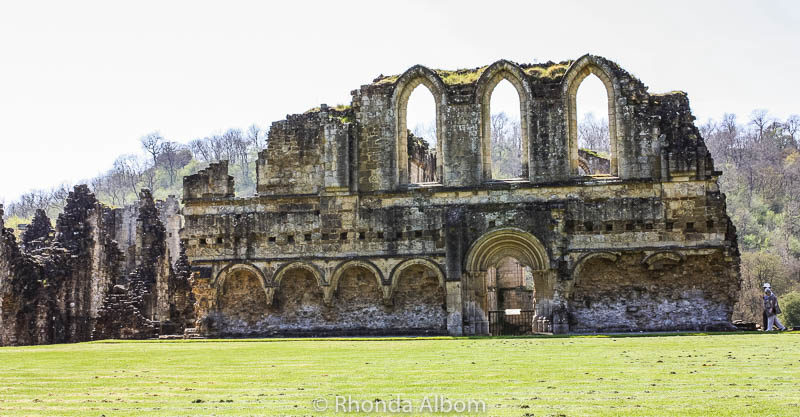 Rievaulx AA misty day at Rievaulx Abbey in the British Countrysidebbey in the British Countryside