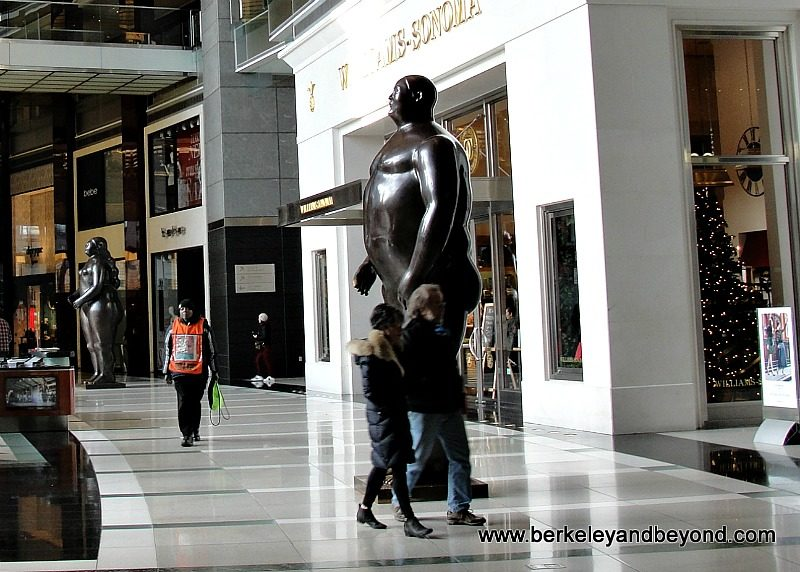 NYC-Time Warner Center shops-interior+Adam male statue by Fernando Botero-c2015 Carole Terwilliger Meyers