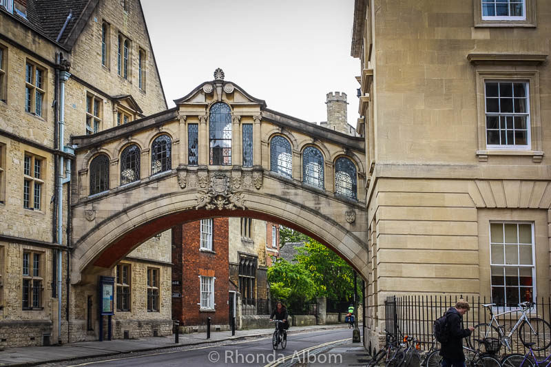 Bridge of Sighs at Oxford University in Oxford England