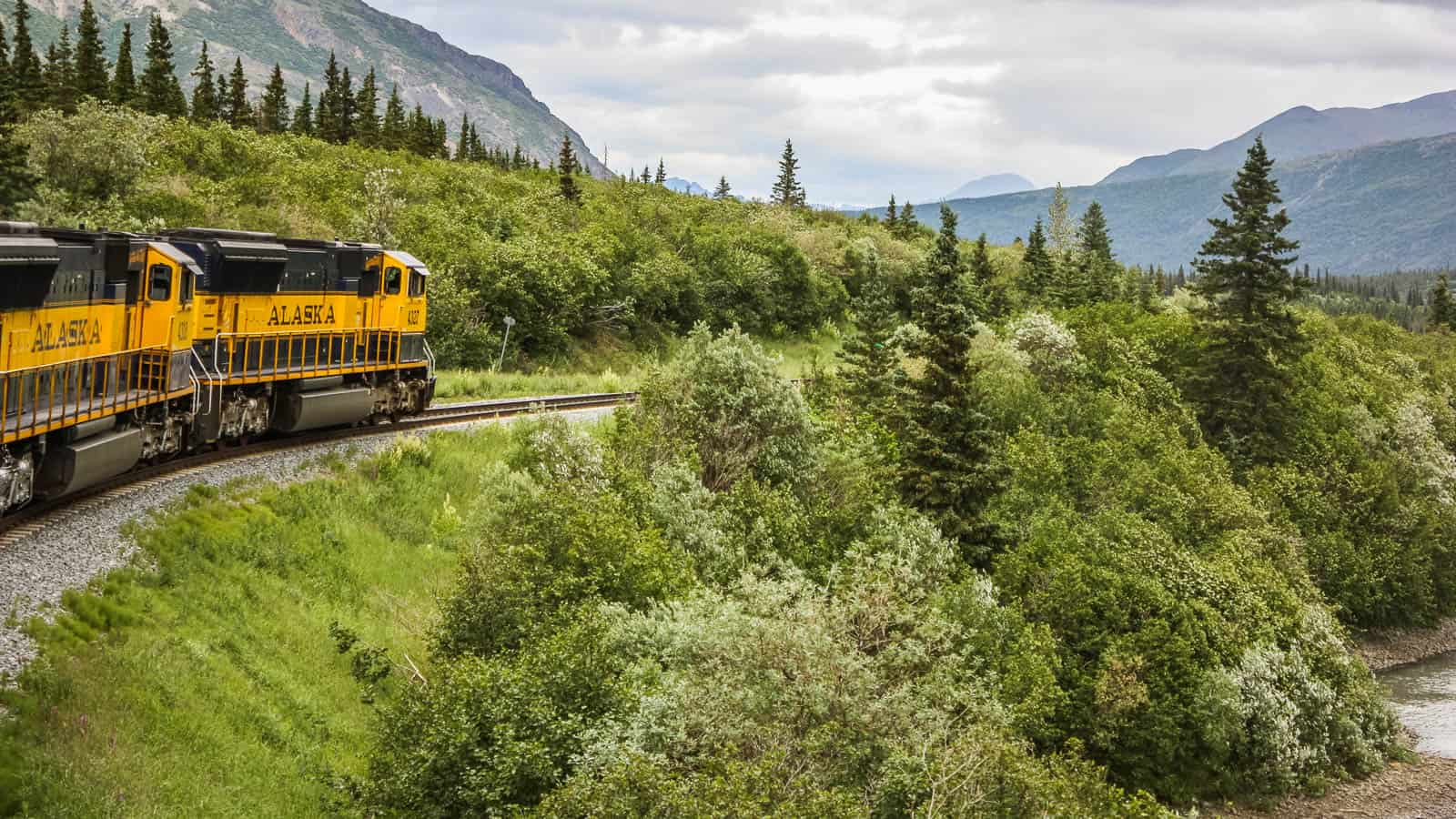 Train from Anchorage to Denali in Alaska