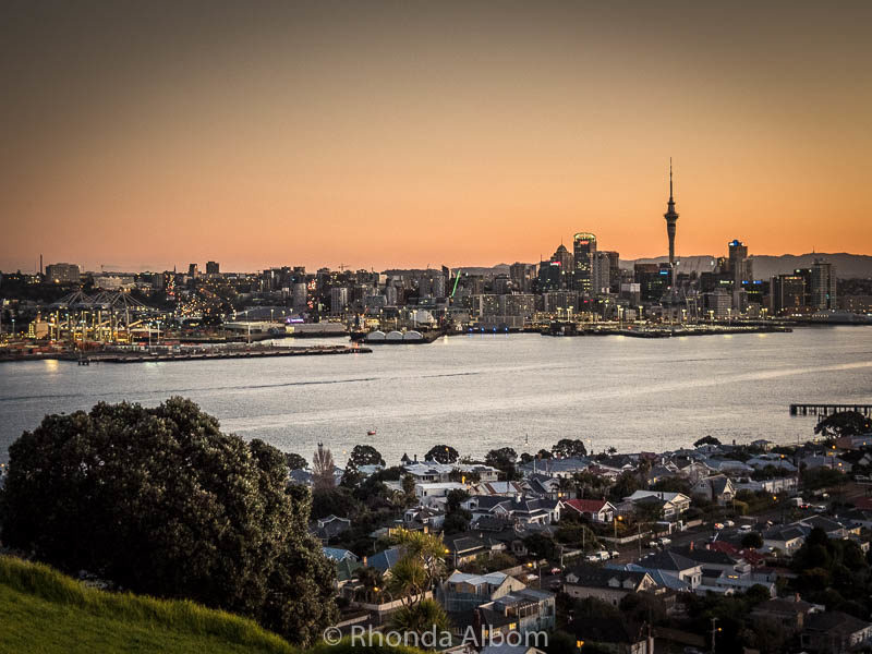 Auckland at sunset seen from Mount Victoria Devonport in New Zealand