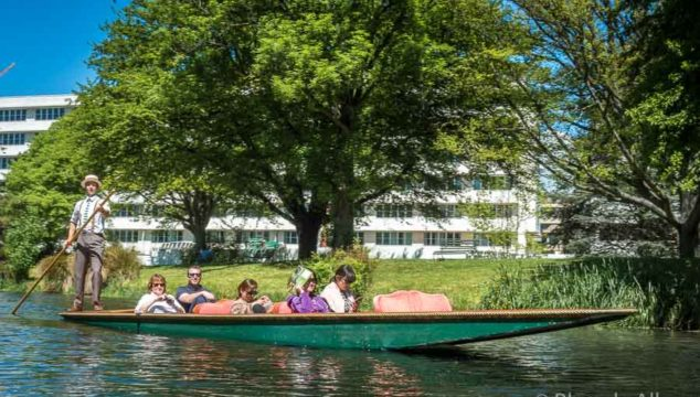 Enjoy the Christchurch Botanic Gardens by Punting on the Avon