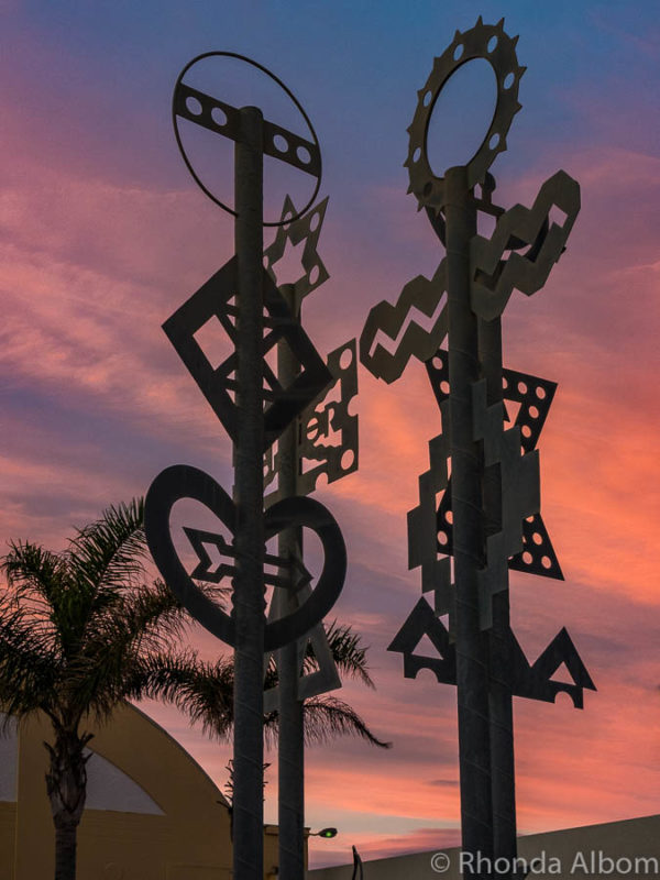 Sculpture outside the National Aquarium at sunset, Napier New Zealand