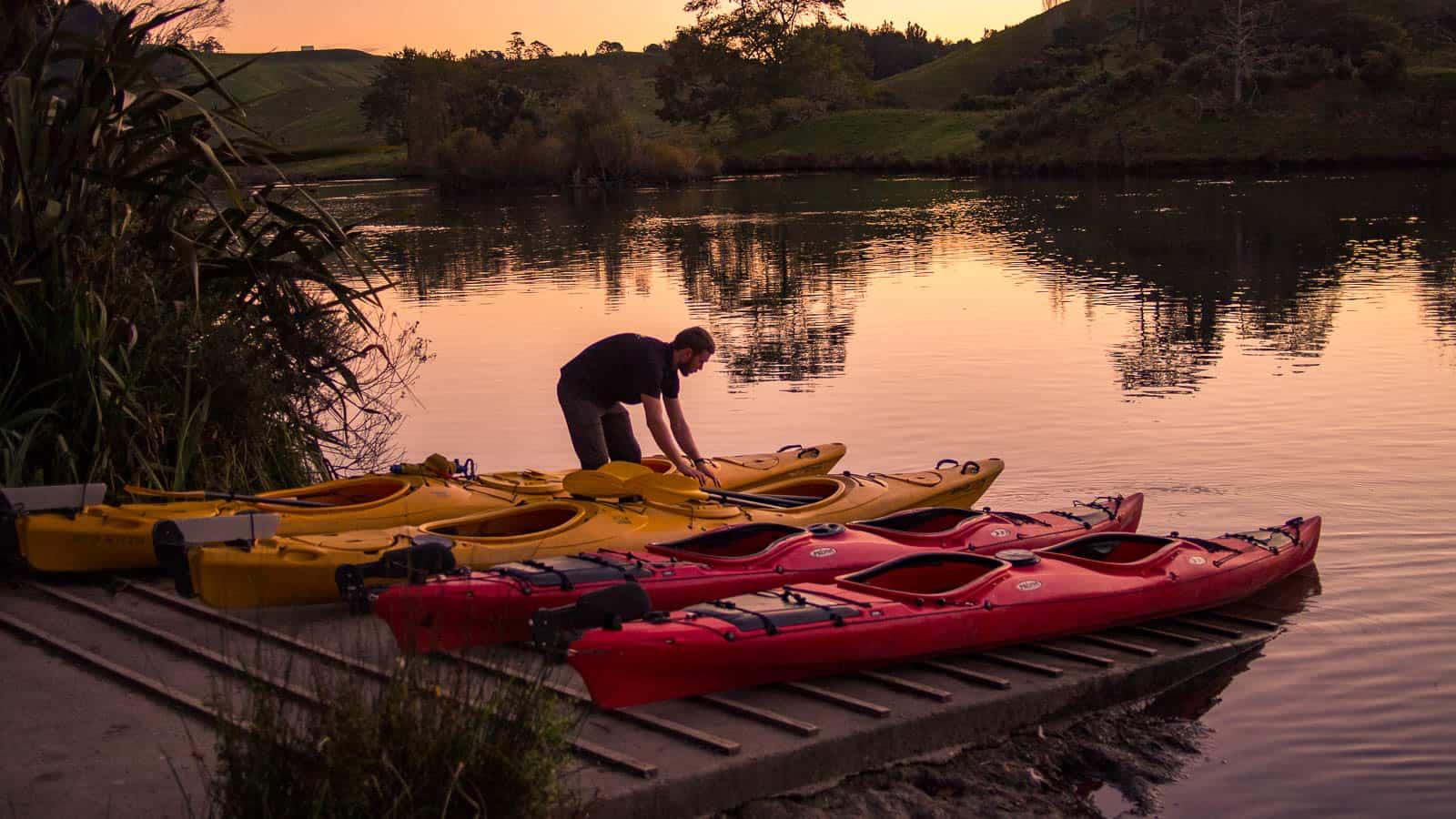 Waimarino Kayak Glow Worm Tour in Tauranga New Zealand