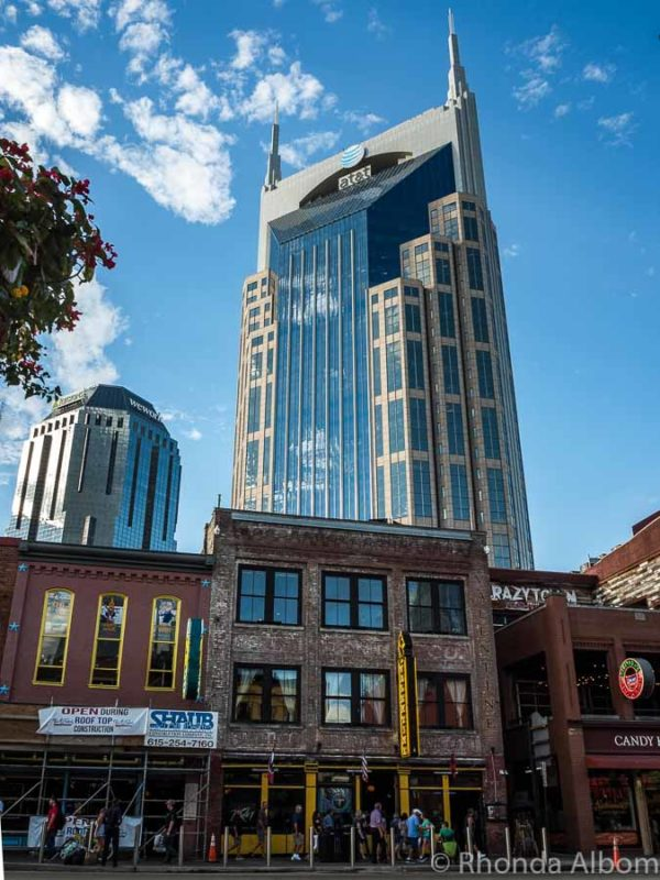 The Batman Building (AT&T) is the tallest building in Tennessee located in Nashville
