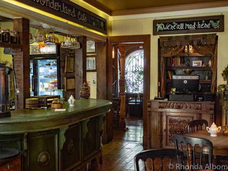 Wonderland Cafe in Santiago Chile