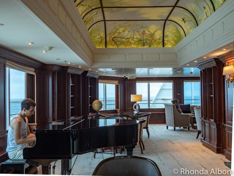 Drawing Room on the Azamara Pursuit