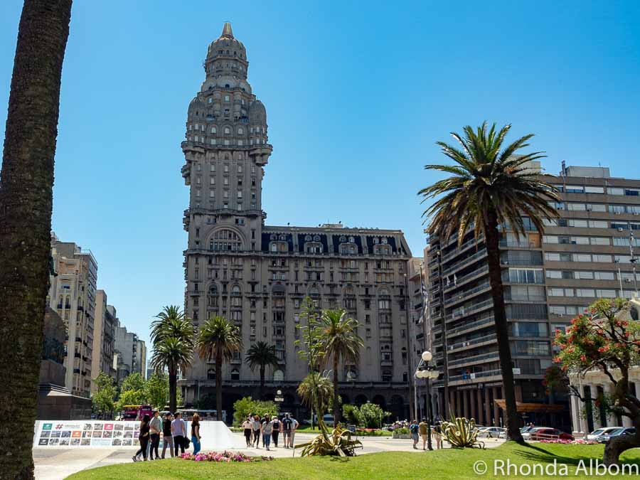 Palacio Salvo in Plaza Independencia in Montevideo Uruguay