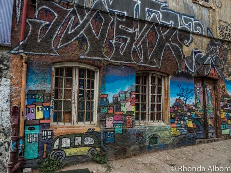Graffiti Valparaiso, Chile
