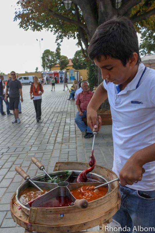 Trying street food is one of the best things to do in Istanbul Turkey