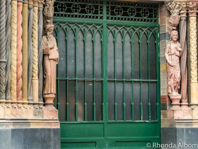 Statues of Moses and Jesus at the main door to Iglesia Capuchinos in Cordoba Argentina