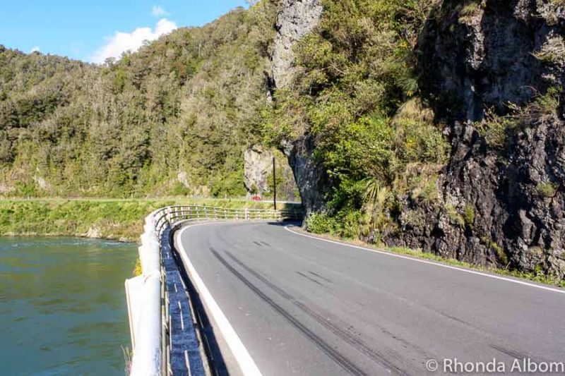 Driving on the South Island of New Zealand