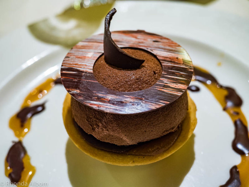 Specialty desserts is one of the cruise advantages for people with dietary restrictions