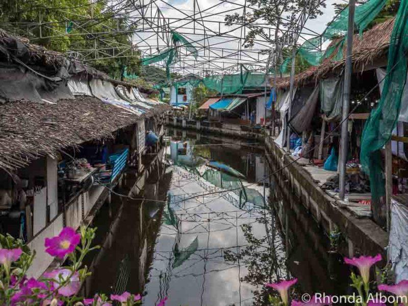 Bang Nam Phung floating market in Bangkok, Thailand.