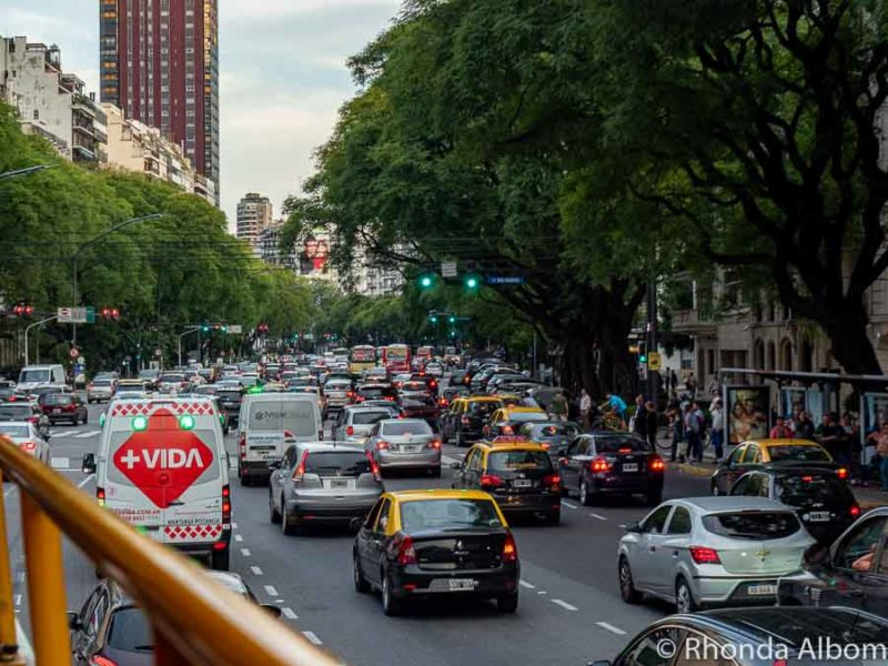 A good Argentina travel tip is to know that the traffic is very heavy in Buenos Aires.