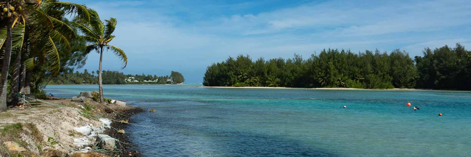 Muri Lagoon on a Rarotonga travel guide