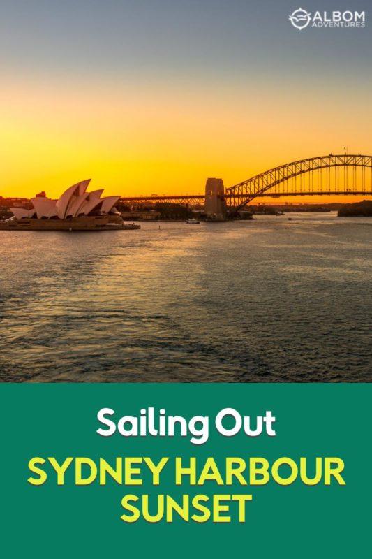 Puerto de Sydney al atardecer un brillo en naranja y amarillo