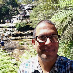 Raki Kumarage, un guía turístico privado con sede en Sydney, Australia
