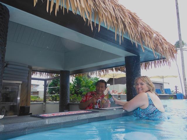Saletoga Sands Pool Bar - Sharing a beer with the bartender