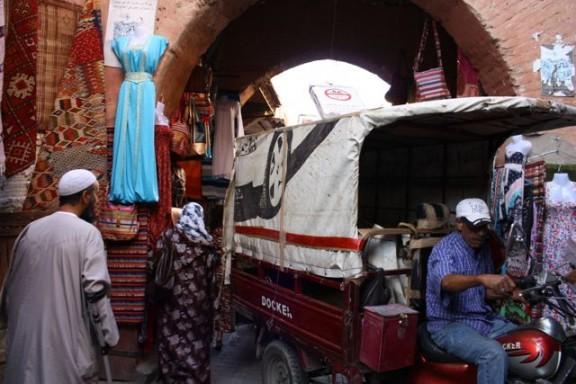 driving in marrakesh