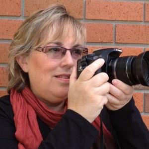 Rhonda Albom