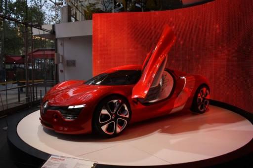 expensive car in paris