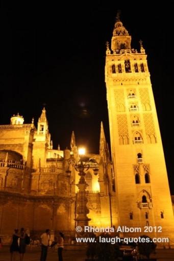 night photo of Sevilla